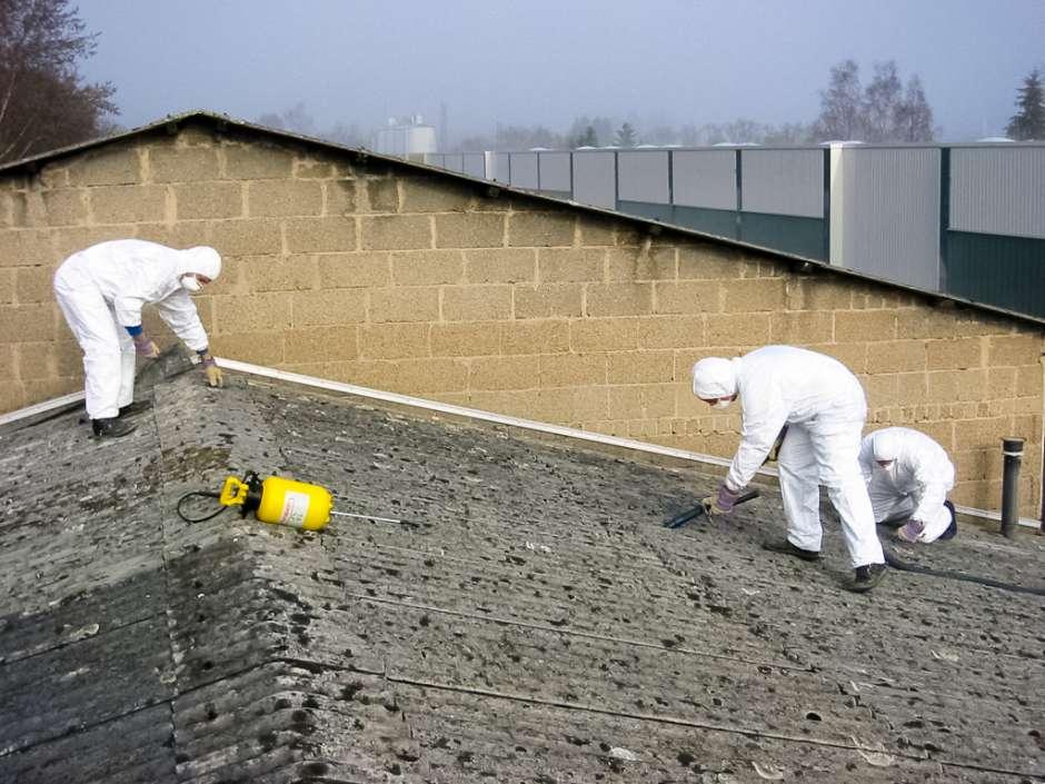 Da sikkerheden er vigtig på opgaver med asbest tager DKSS alle de nødvendige forholdsregler der gør sig gældende inden for området.