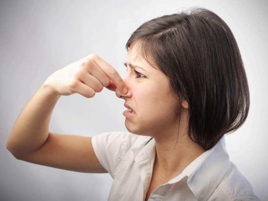 Lugtproblemer mærkes ofte når mange mennesker er samlet.